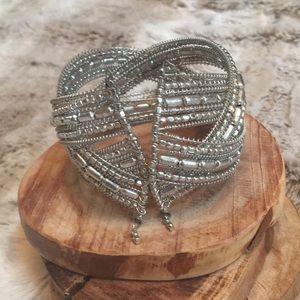 Jewelry - Silver Beaded Bangle